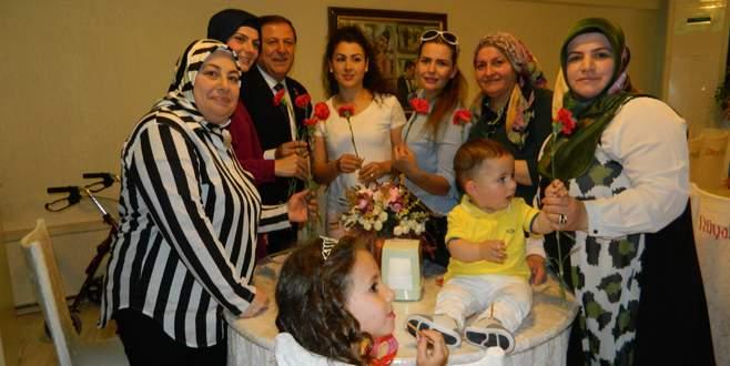 TÜED'den anneler günü kutlaması