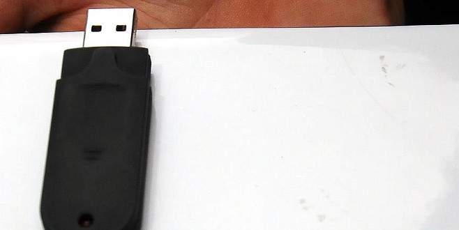 Mahrem toplantı bilgileri yutulabilir boyutta flash bellekte