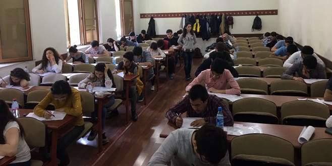 UÜ yurtdışında ilk kez sınav yaptı