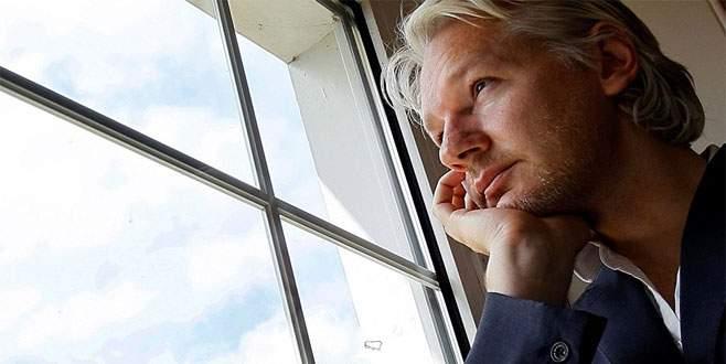 Assange hakkındaki suçlama düştü