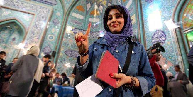 İran sandığa gitti