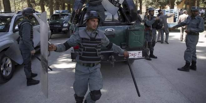 Taliban'dan kanlı saldırılar