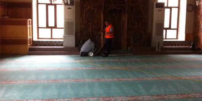 İnegöl'deki camilerde ramazan hazırlığı