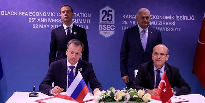 Türkiye ve Rusya'dan ortak bildiriye imza