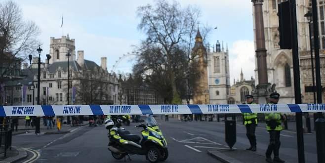 İngiltere, terör tehdidi seviyesini 'kritik'e çıkardı