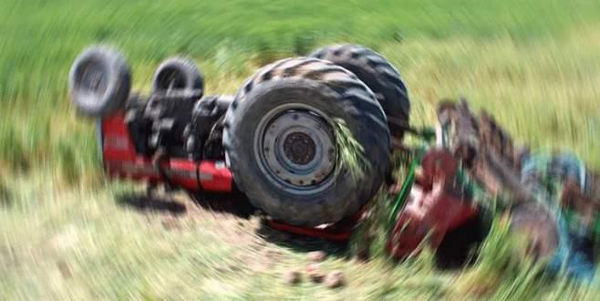 Bursa'da traktör devrildi: 7 yaralı