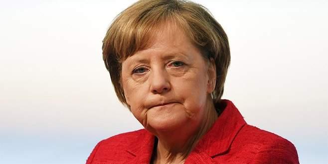 Merkel: 'Aksi takdirde İncirlik'i terk etmek zorundayız'