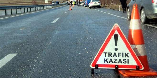 FETÖ sanıklarını taşıyan cezaevi aracı kaza yaptı