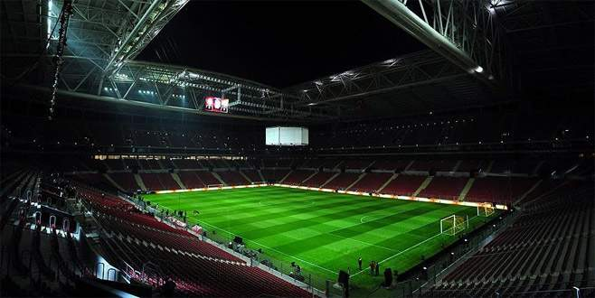 Galatasaray, stadının ismini değiştirdi