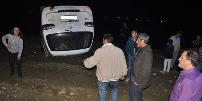 Bursa'da minibüs devrildi: 7 yaralı