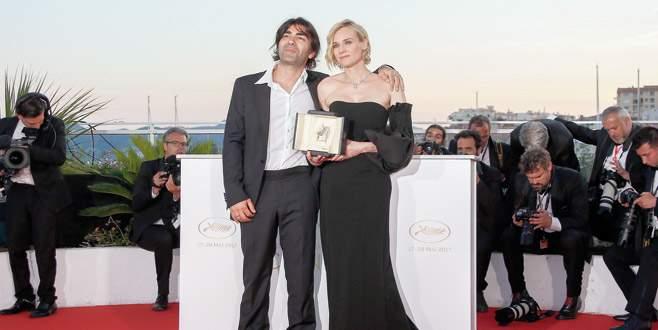 Cannes'ta ödül yağmuru