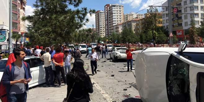 Halk otobüsü 7 aracı biçti: 1 ölü, 4 yaralı