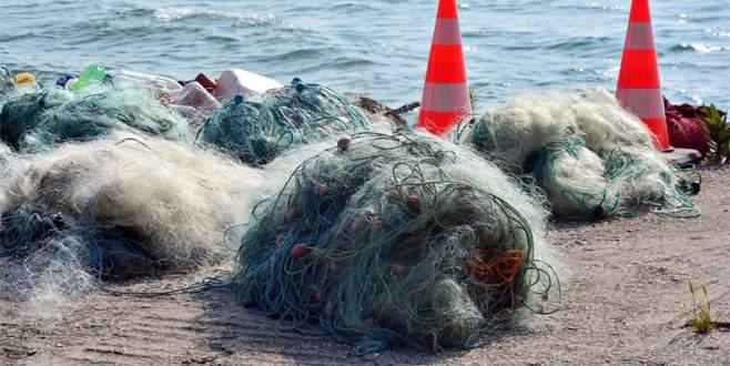 İznik Gölü'nde kaçak avlananların ağlarına el konuldu