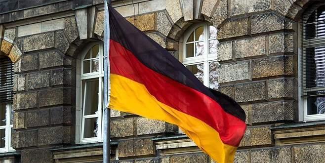 Almanya'da 'darbe şakasına' suç duyurusu