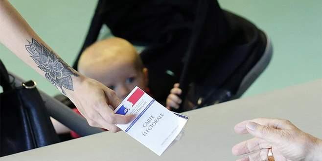 Fransa'da sandık çıkış anketlerinin sonucu açıklandı