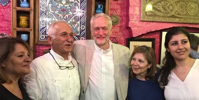 Corbyn, zaferini Türk restoranında kutladı