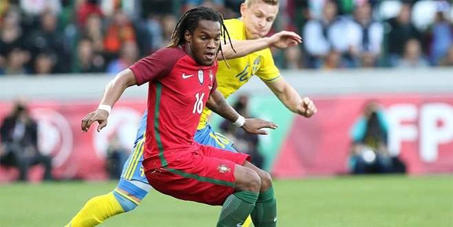 Milan'a Portekizli golcü
