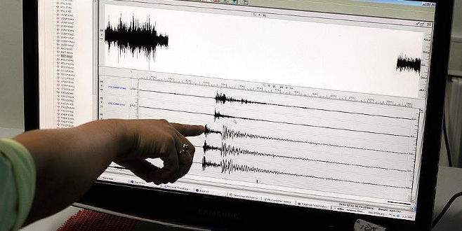 Guatemala'da 6,9 büyüklüğünde deprem