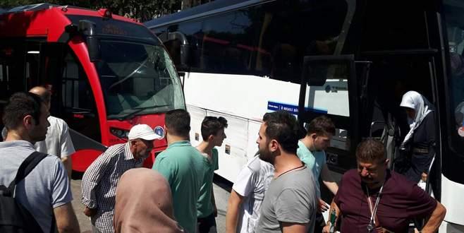 Bursa'da İpekböceği ile otobüs birbirine girdi!