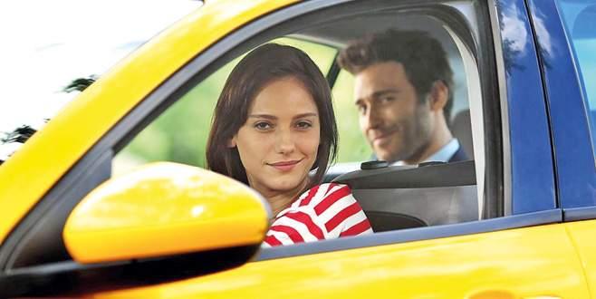 Taksi şoförü Nilay
