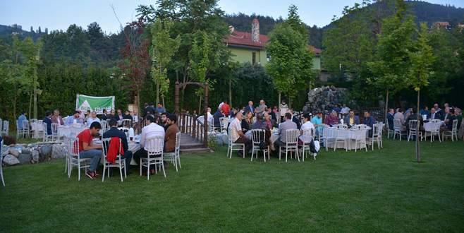 BURTİMDER dernek üyeleri ve sektör temsilcileri iftar yemeğinde buluştu