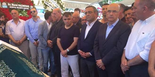 Berberoğlu, kayınpederinin cenaze törenine katıldı