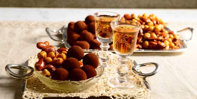 Bayramda aşırı tatlı ve şeker tüketimine dikkat