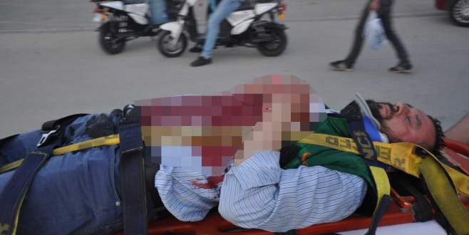 Motosikletin aynası göğsüne saplandı, kanlar içinde kaldı