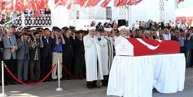 Şehit Üsteğmen Kalafat son yolculuğuna uğurlandı