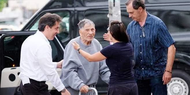Mafya babası 100 yaşında tahliye oldu