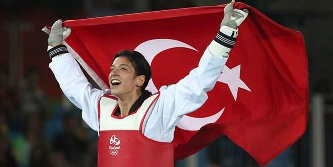 Nur Tatar, tekvandoda dünya şampiyonu!