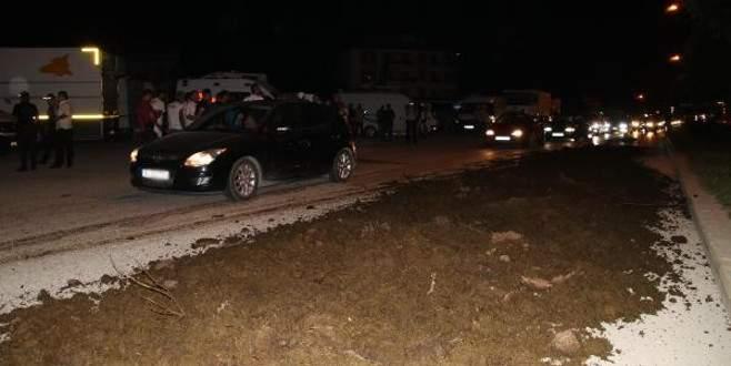 CHP'nin kamp alanı önüne gübre döken sürücüye gözaltı