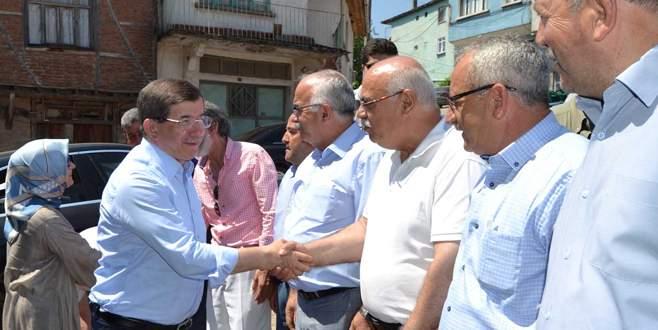 Davutoğlu'ndan Gemlik'e akraba ziyareti