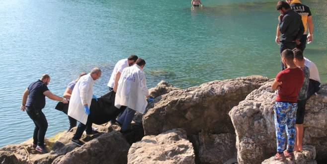 Denizde erkek cesedi bulundu
