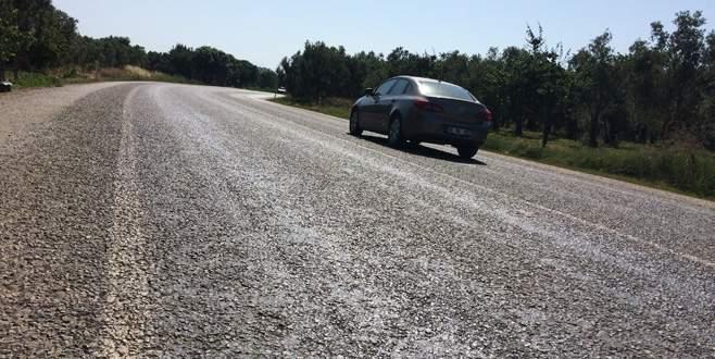 Aşırı sıcaklar Bursa'da asfalt eritti