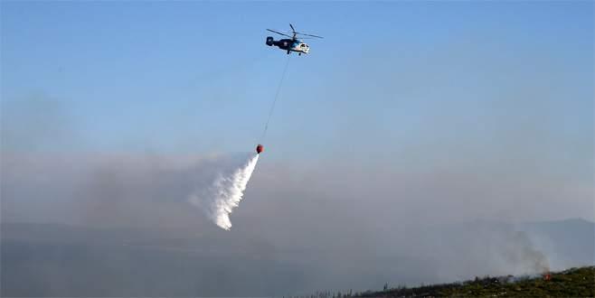 İzmir'de yangın söndürme helikopteri baraja düştü