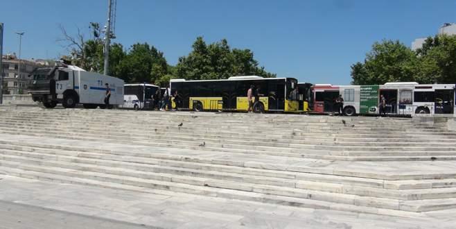 Gezi Parkı yaya giriş-çıkışına kapatıldı