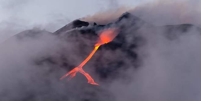 Popocetepetl Yanardağı patladı