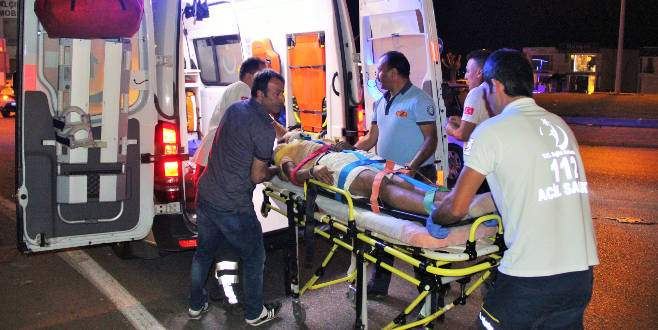 İkizleri trafik kazası ayırdı