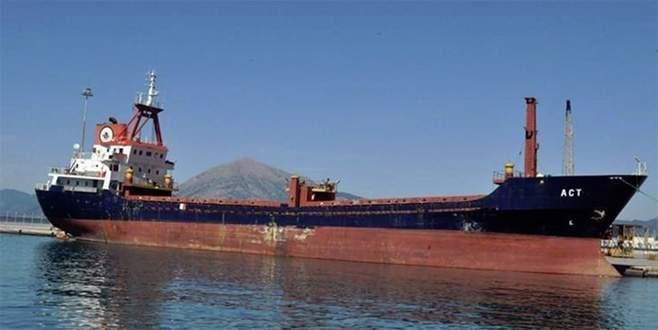 Ege Denizi'nde Türk gemisine ateş açıldı