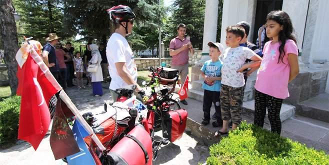 'Devlet Kuran Sultanlardan Devlet Kurtaran Şehide Yolculuk' bisiklet turu