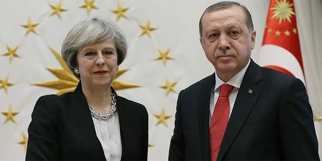 Erdoğan ile İngiltere Başbakanı May telefonda görüştü