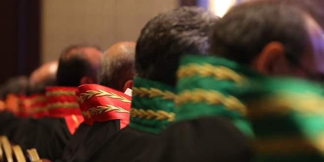 780 hakim ve savcının görev yeri değişti