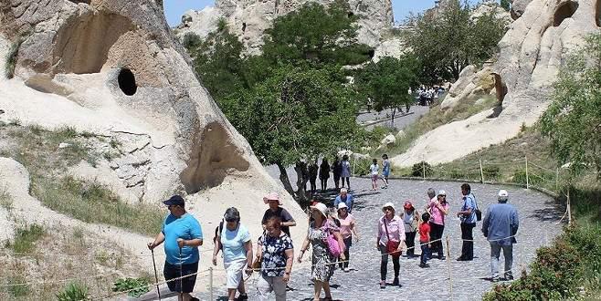 Turist rehberleri Kapadokya için kolları sıvadı