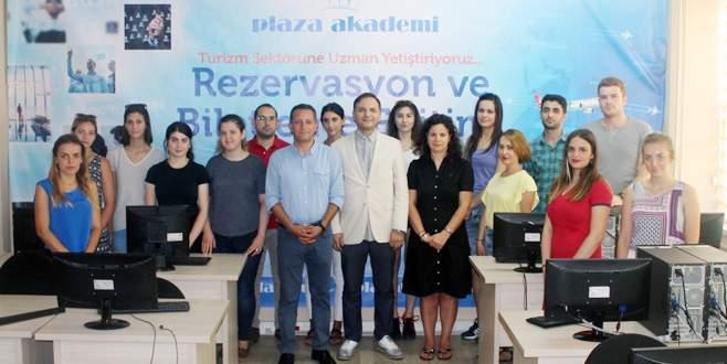 Plaza Akademi'den sektöre eğitim desteği