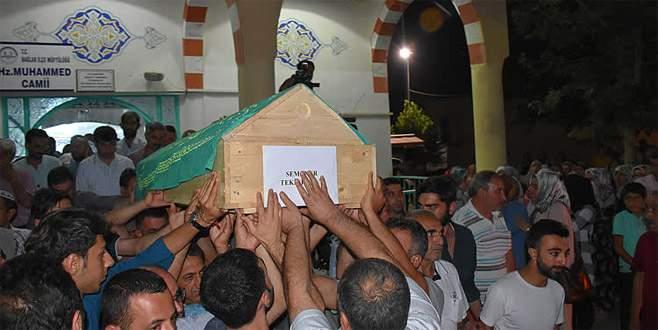 Bursa'daki kazada hayatını kaybeden öğrenciler defnedildi