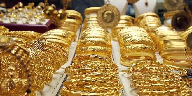 Altın fiyatları yatay seyrini sürdürüyor