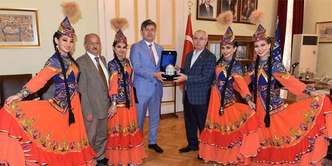 Kazakistan'dan dostluk ziyareti
