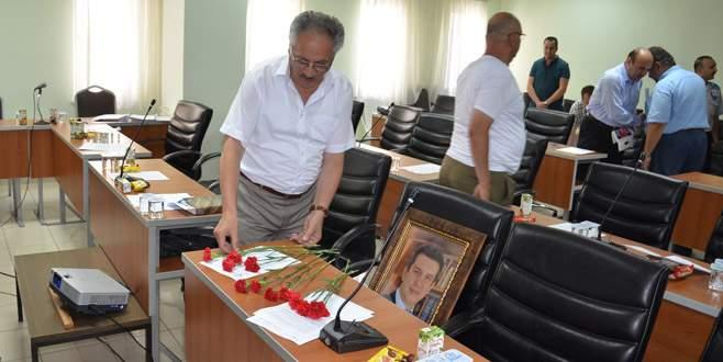 Gemlik Meclisi'nde Aksoy için anma