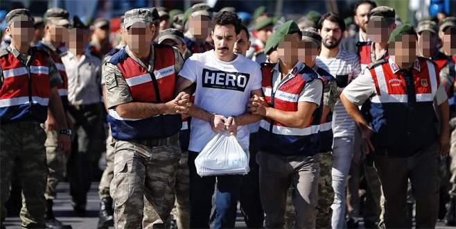 Erdoğan'a suikast davasında tişört gerginliği